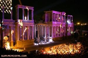 Teatro-romanico-de-noche